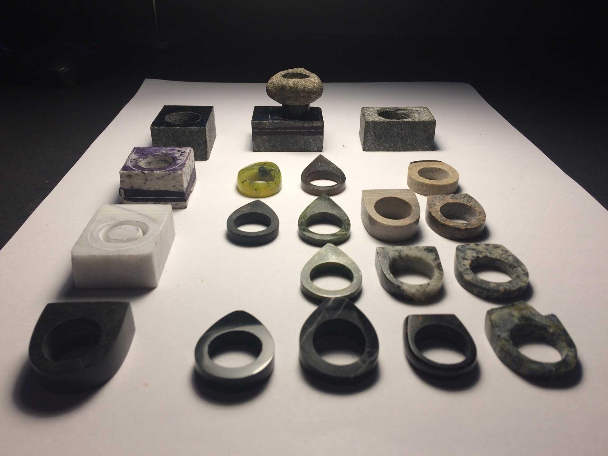 Produktudvikling og Industrielt Design Fremstilling af prototyper af smykker i sten og ædelsten 2