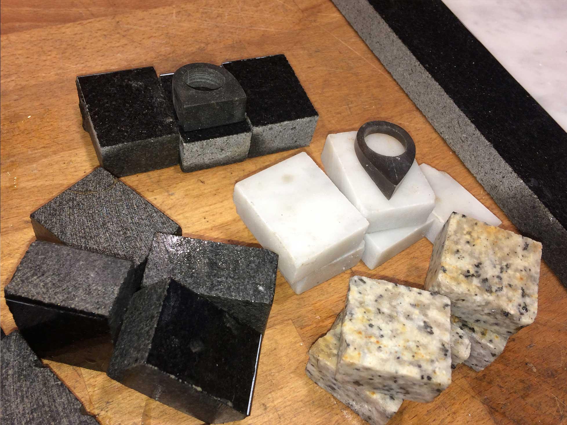 Produktudvikling og Industrielt Design Fremstilling af prototyper af smykker i sten og ædelsten 4