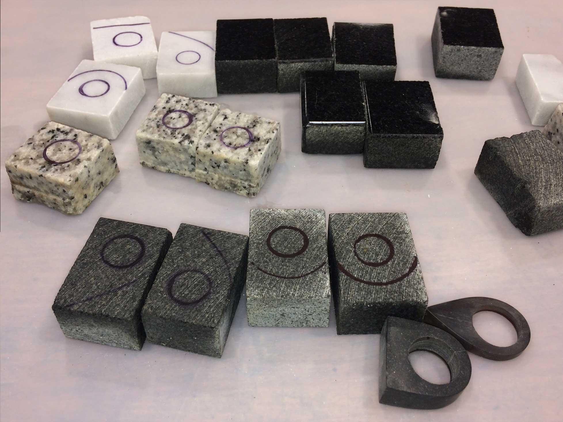 Produktudvikling og Industrielt Design Fremstilling af prototyper af smykker i sten og ædelsten 5