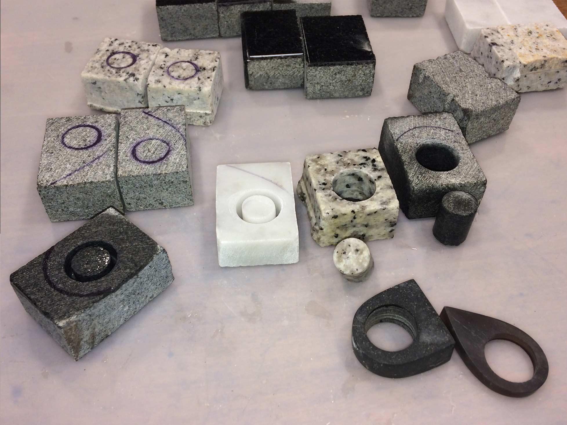 Produktudvikling og Industrielt Design Fremstilling af prototyper af smykker i sten og ædelsten 6