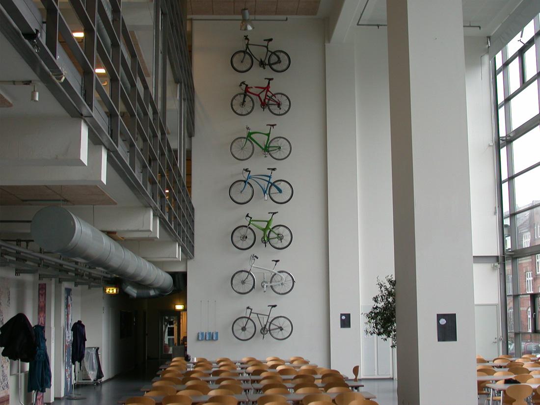 Industrielt design af cykler med Kildemoes og studerende på Designskolen Kolding. Kent Laursen kursusresultater 1